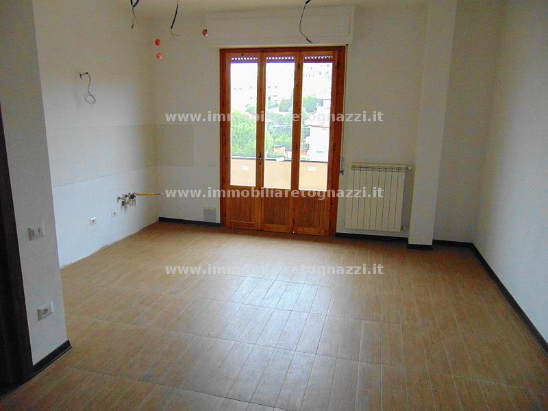 Appartamento in vendita a Castelfiorentino, 3 locali, prezzo € 145.000 | Cambio Casa.it