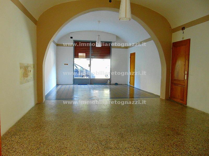 Negozio / Locale in vendita a Certaldo, 1 locali, prezzo € 125.000 | Cambio Casa.it