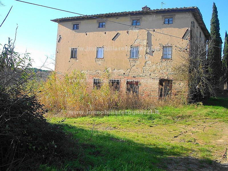 Rustico / Casale in vendita a Castelfiorentino, 10 locali, prezzo € 350.000 | Cambio Casa.it