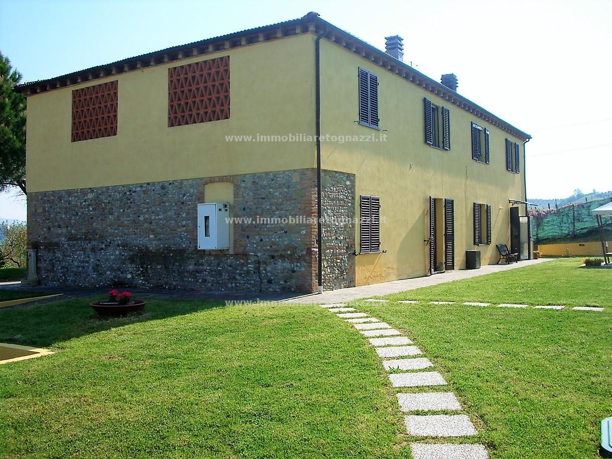 Vai alla scheda: Rustico / Casale / Corte Vendita - San Gimignano (SI) - Codice 10522