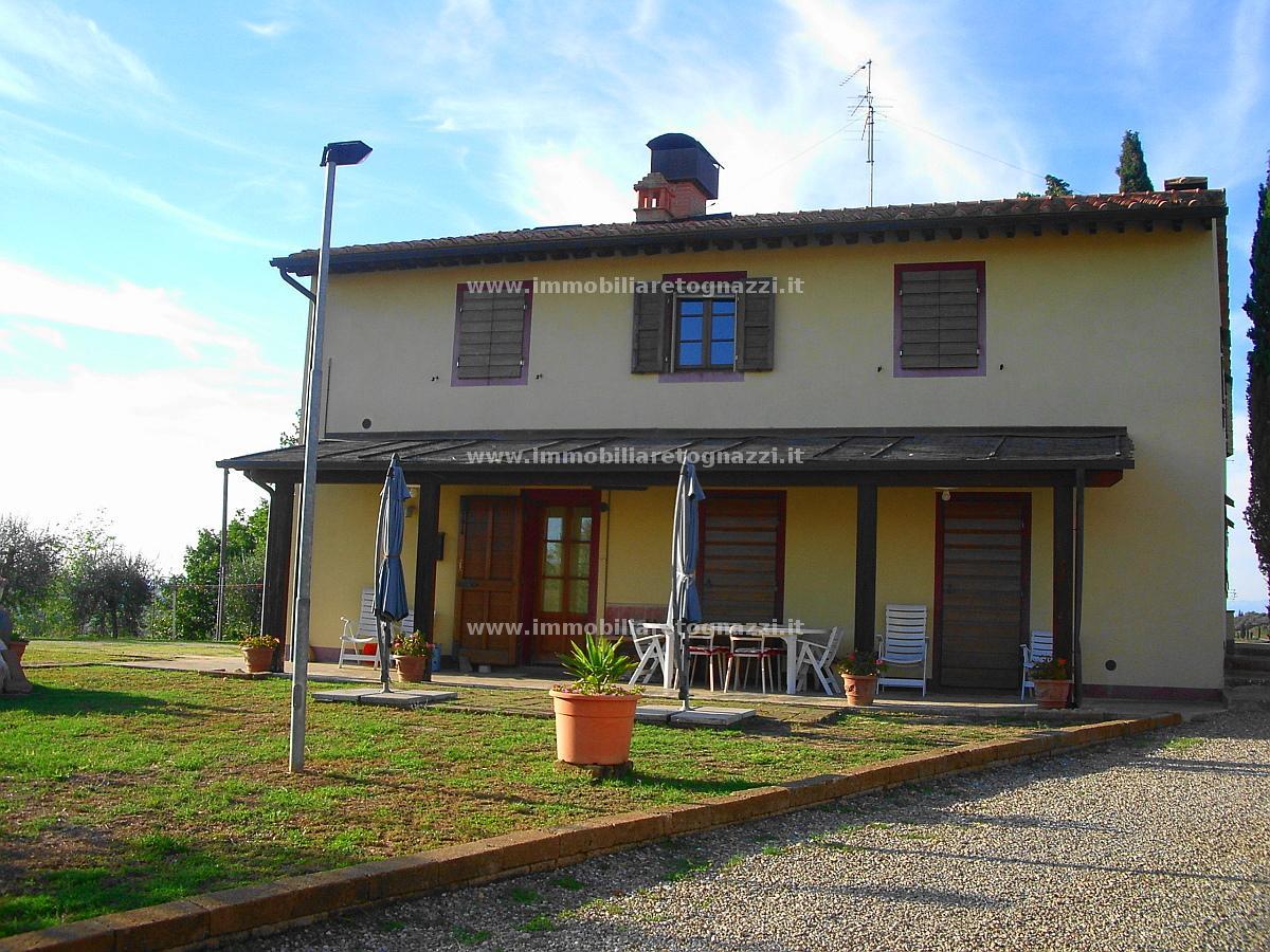 Villa in vendita a Certaldo, 10 locali, prezzo € 620.000 | CambioCasa.it
