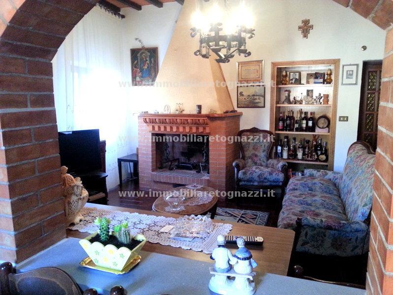 Appartamento in vendita a Certaldo, 3 locali, prezzo € 145.000   Cambio Casa.it