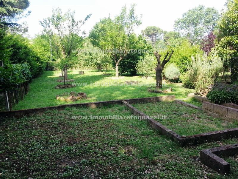 Villa in vendita a Montespertoli, 6 locali, prezzo € 390.000 | Cambio Casa.it