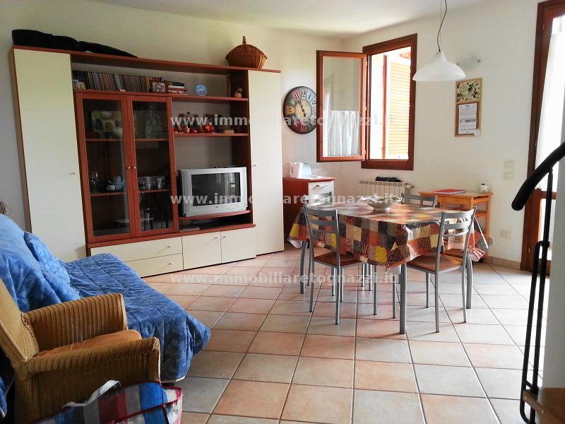 Appartamento in vendita a San Gimignano, 4 locali, prezzo € 185.000 | Cambio Casa.it