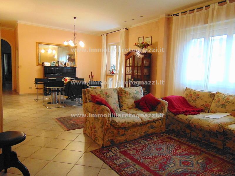 Appartamento in vendita a Certaldo, 5 locali, prezzo € 165.000 | Cambio Casa.it