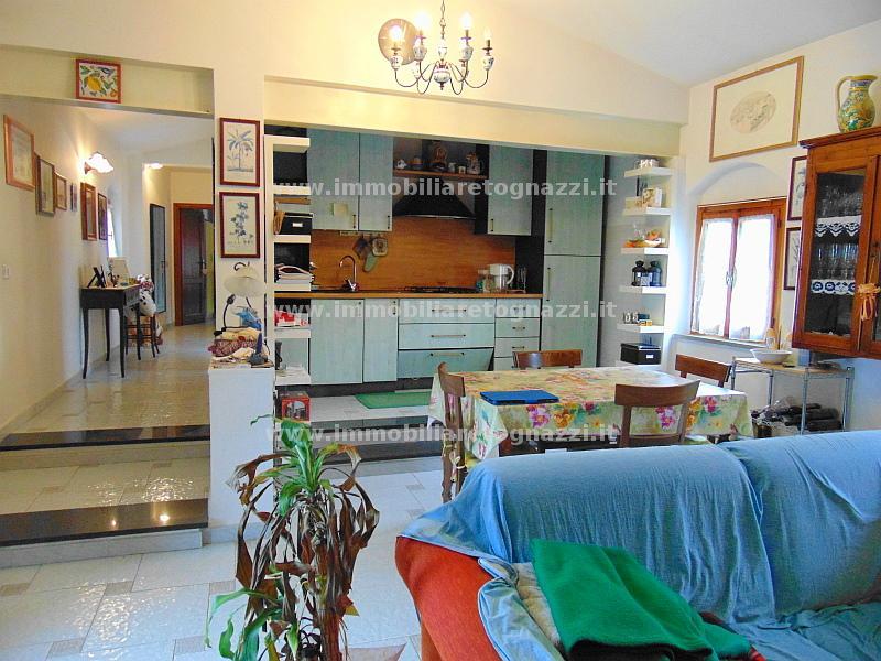 Appartamento in vendita a Certaldo, 3 locali, prezzo € 158.000 | Cambio Casa.it
