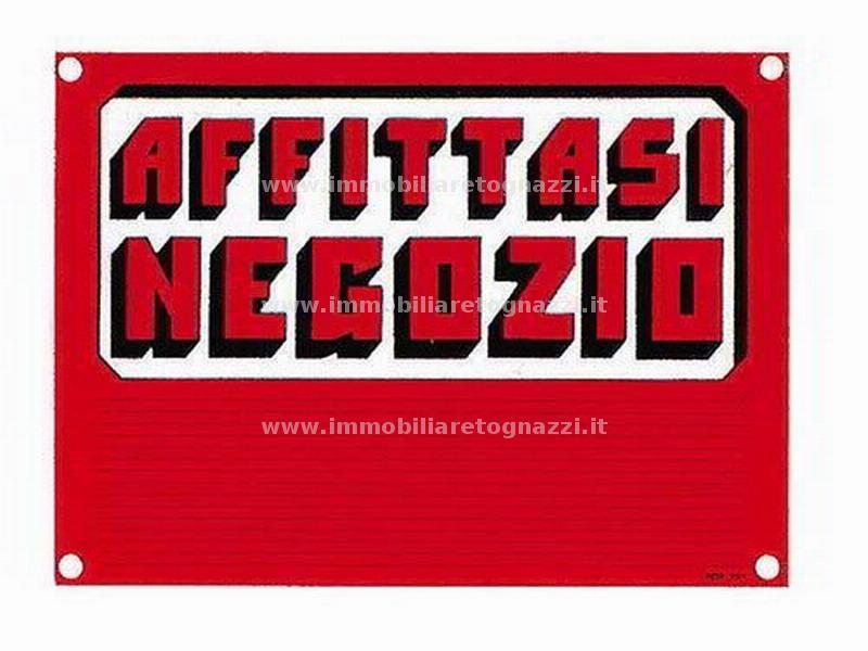Negozio / Locale in affitto a Certaldo, 1 locali, prezzo € 450 | Cambio Casa.it