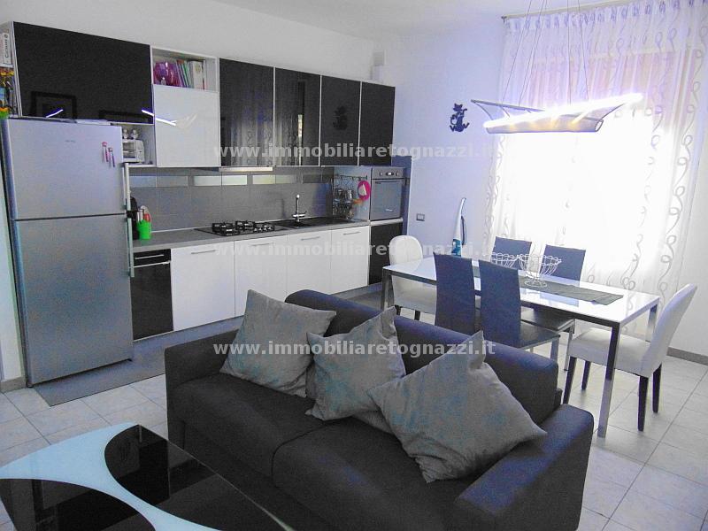Appartamento in vendita a Certaldo, 3 locali, prezzo € 148.000 | CambioCasa.it
