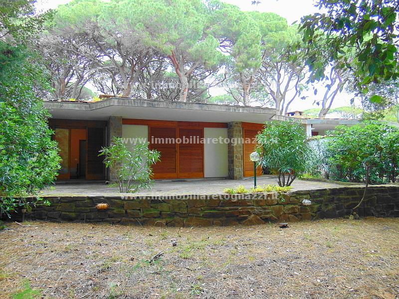 Villa in vendita a Castiglione della Pescaia, 7 locali, prezzo € 750.000 | Cambio Casa.it