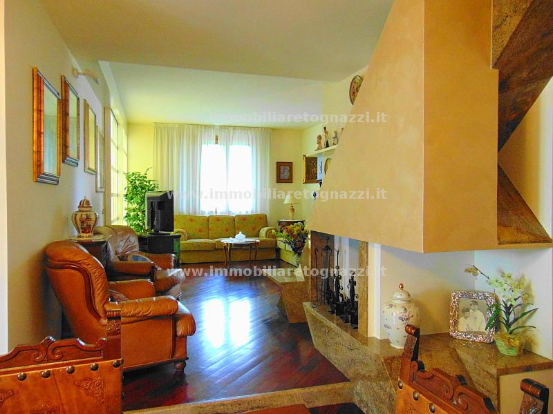 Villa Bifamiliare in Vendita a Certaldo
