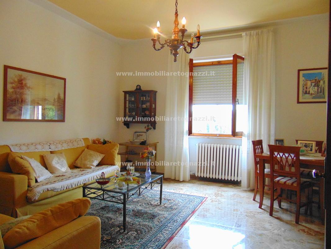Appartamento in vendita a Certaldo, 4 locali, prezzo € 130.000 | Cambio Casa.it