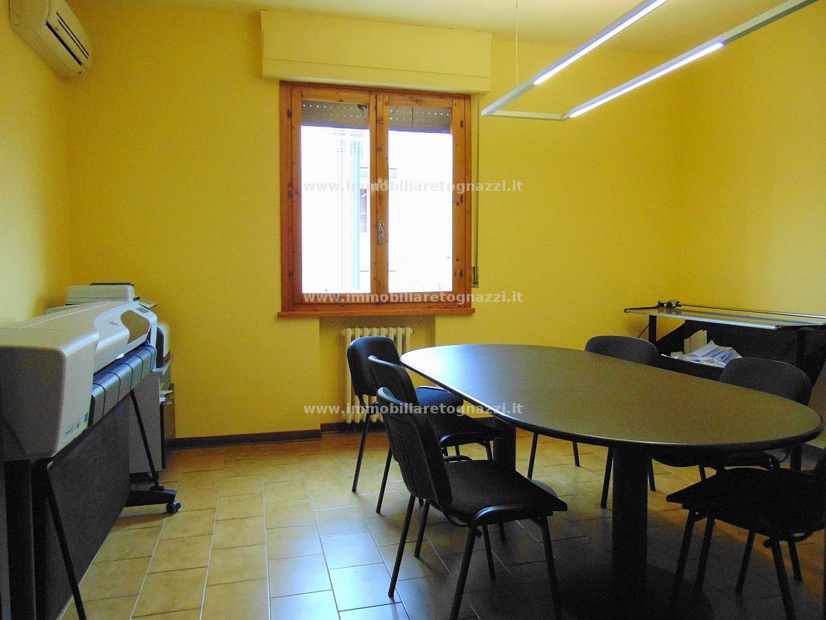 Appartamento in vendita a Certaldo, 3 locali, prezzo € 115.000 | Cambio Casa.it