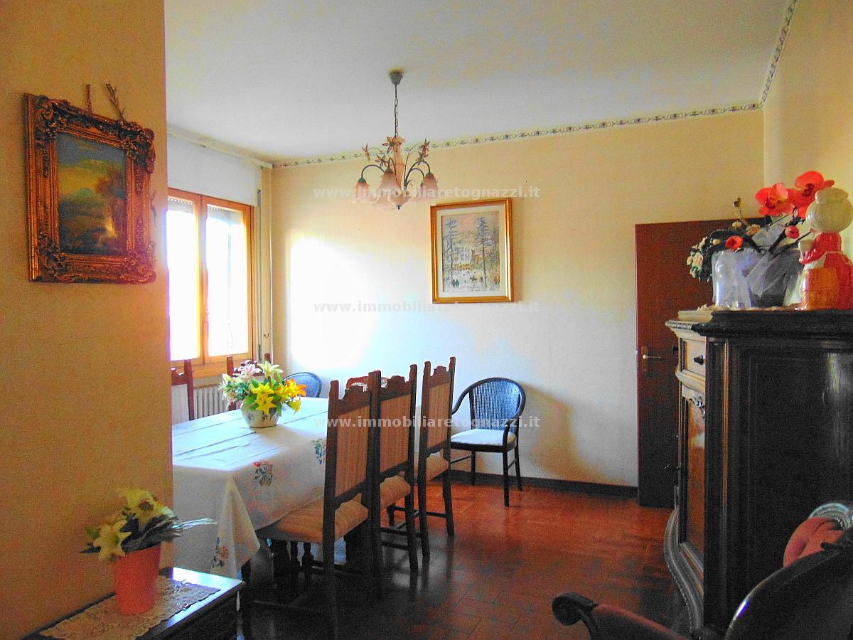 Appartamento in vendita a Certaldo, 5 locali, prezzo € 190.000   Cambio Casa.it