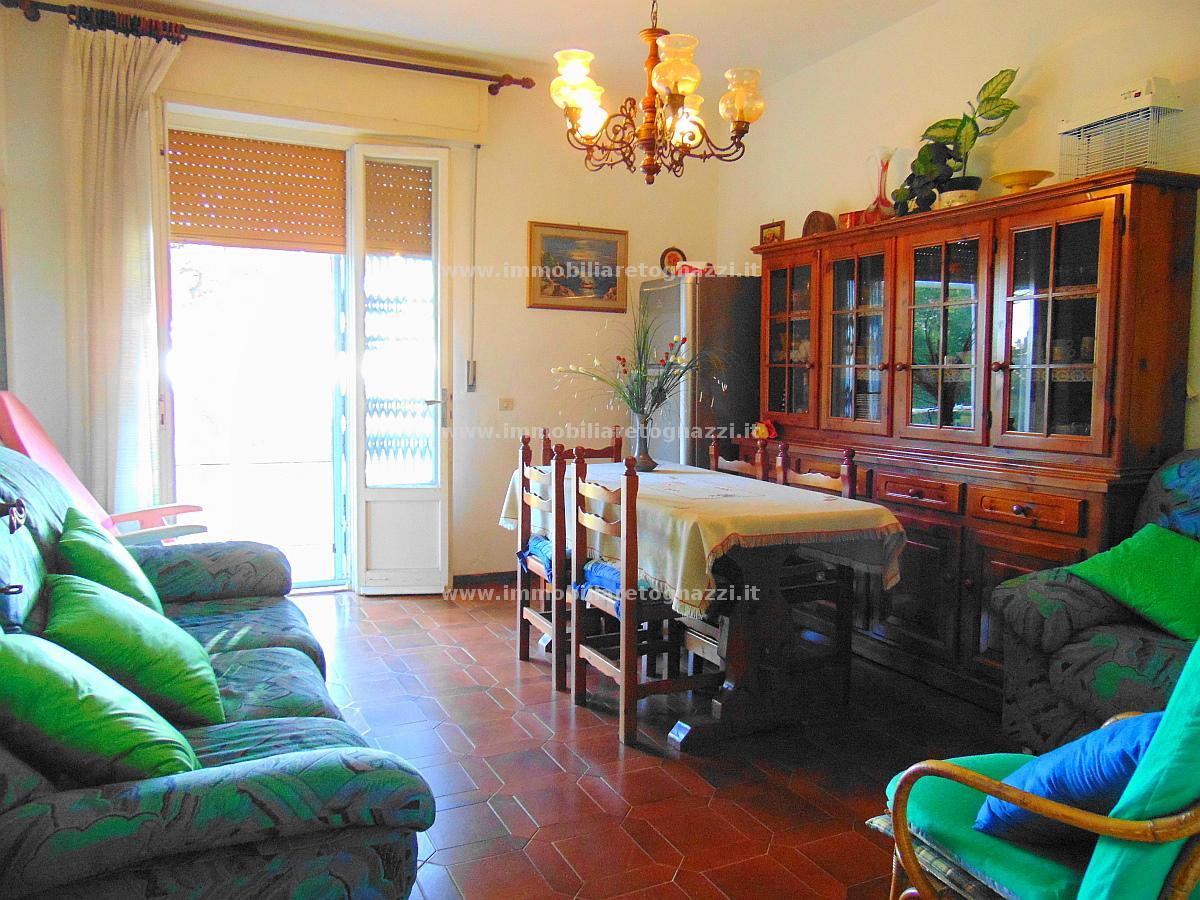 Appartamento in vendita a Rosignano Marittimo, 3 locali, prezzo € 195.000 | Cambio Casa.it