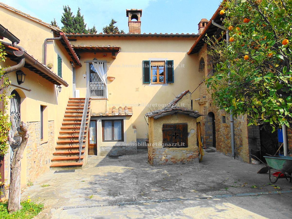 Appartamento in vendita a Barberino Val d'Elsa, 3 locali, prezzo € 250.000 | CambioCasa.it