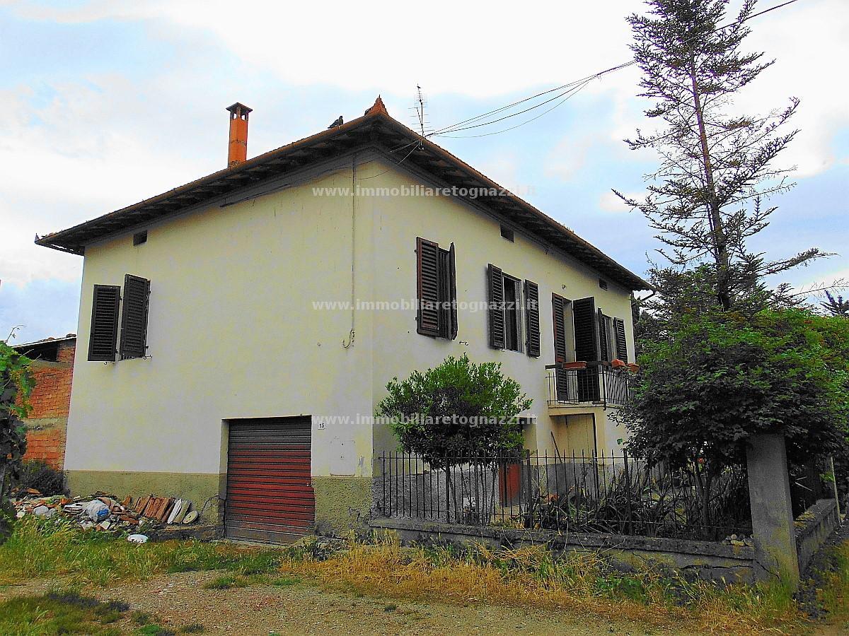 Villa in vendita a Certaldo, 10 locali, prezzo € 265.000 | Cambio Casa.it