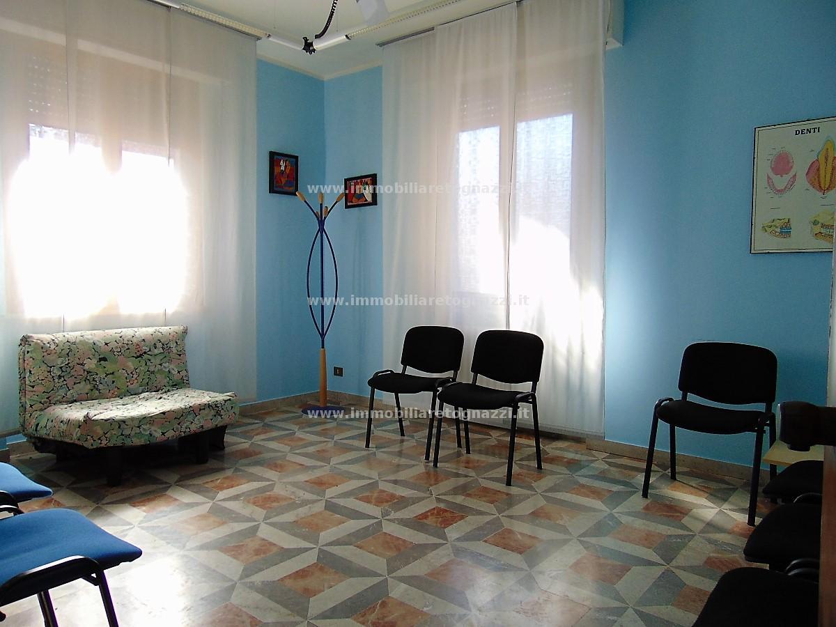 Appartamento in vendita a Certaldo, 3 locali, prezzo € 85.000 | CambioCasa.it