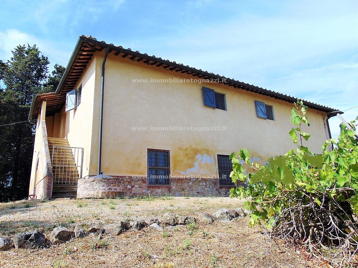 Rustico / Casale in Vendita a San Gimignano