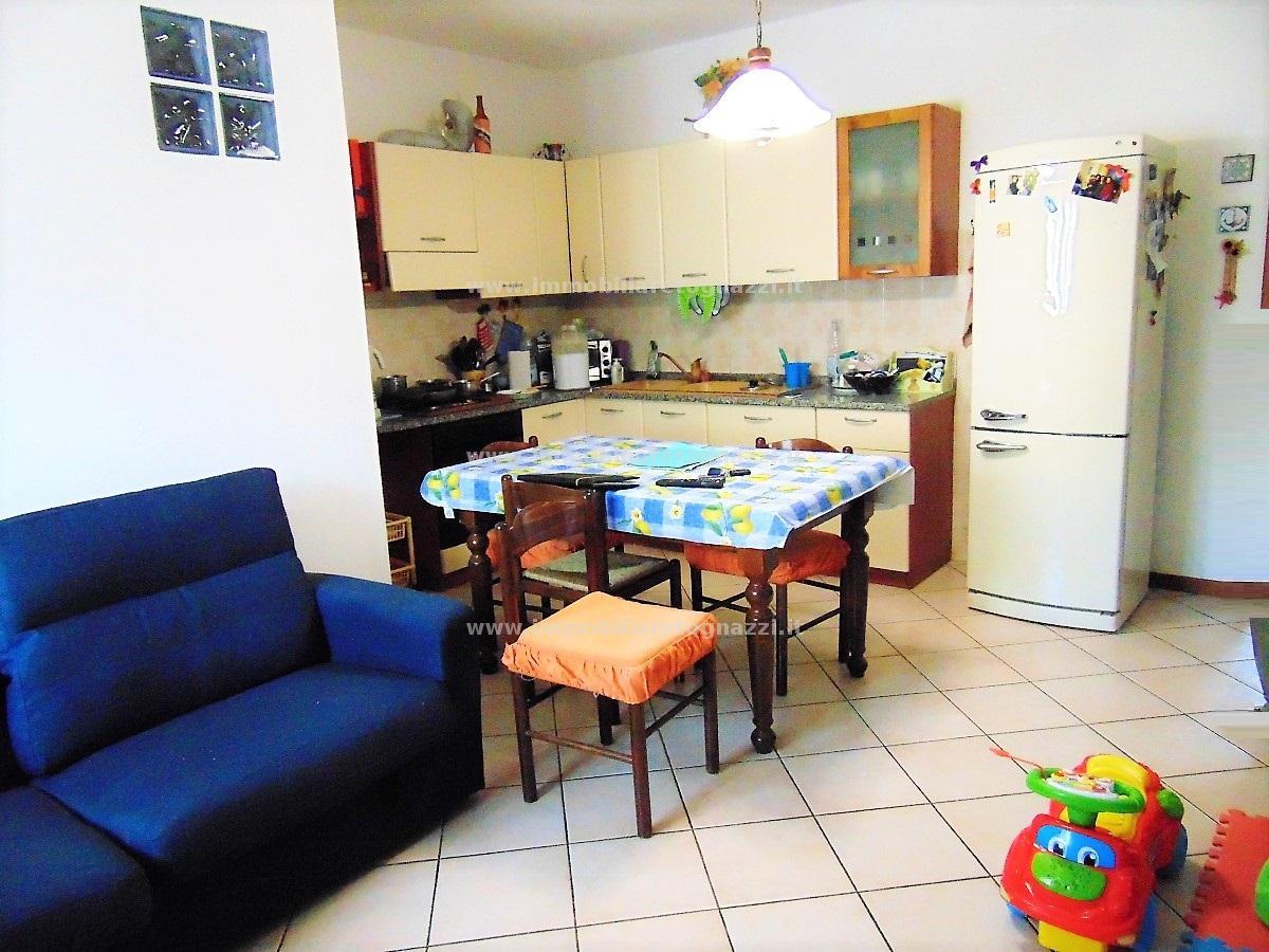 Appartamento in vendita a Montaione, 2 locali, prezzo € 110.000 | CambioCasa.it