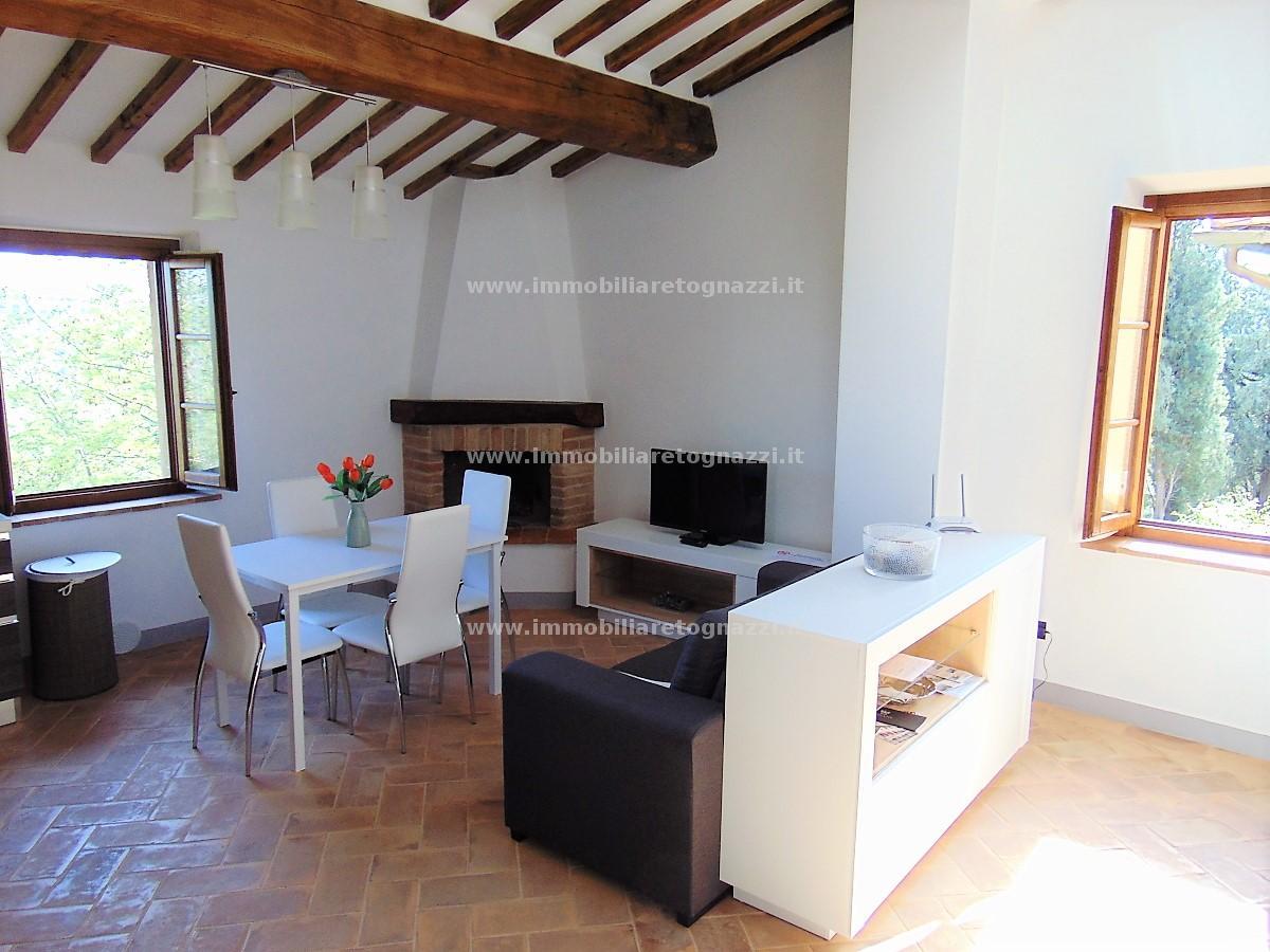Appartamento in vendita a San Gimignano, 3 locali, prezzo € 250.000 | CambioCasa.it