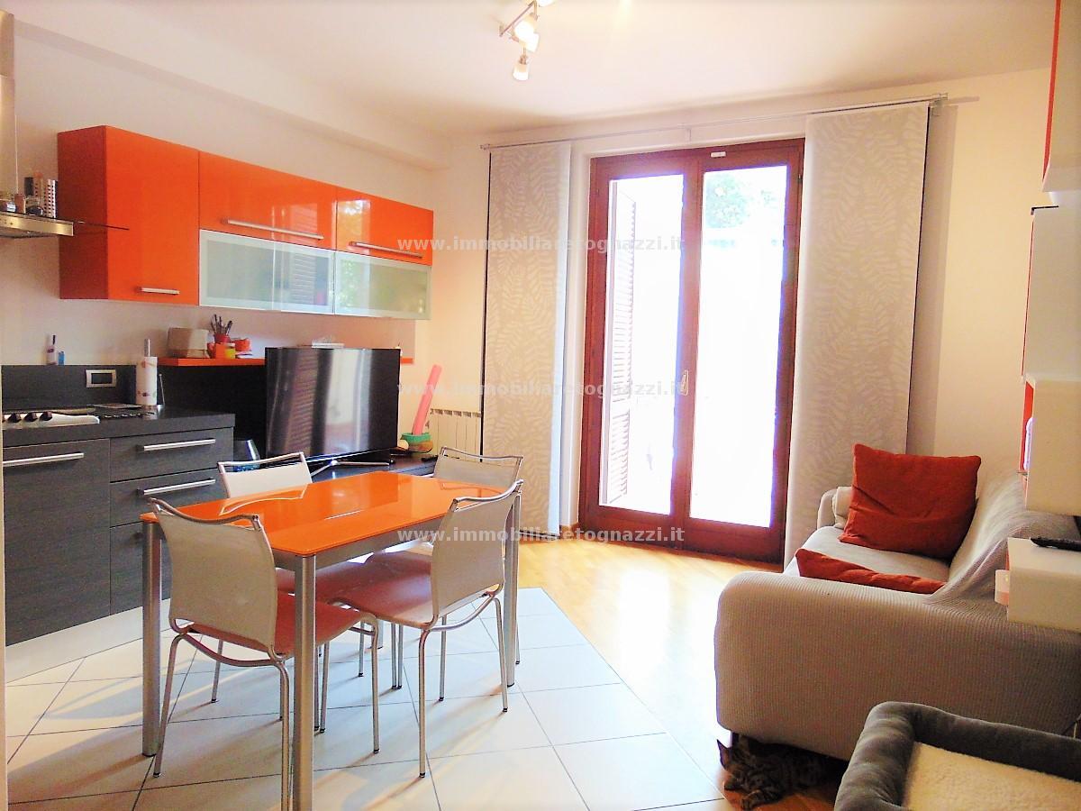 Vai alla scheda: Appartamento Vendita - San Gimignano (SI) - Codice -18095