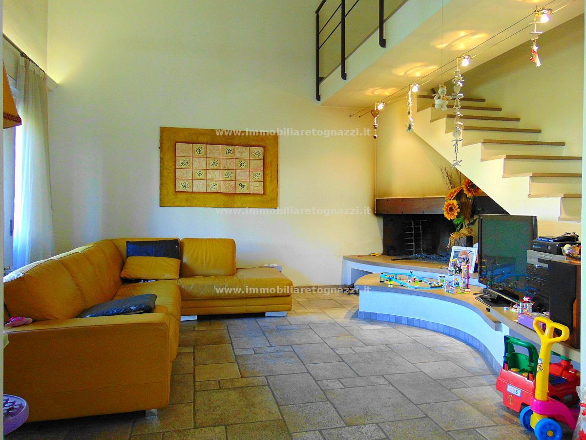 Villa in vendita a Certaldo, 7 locali, prezzo € 509.000 | CambioCasa.it