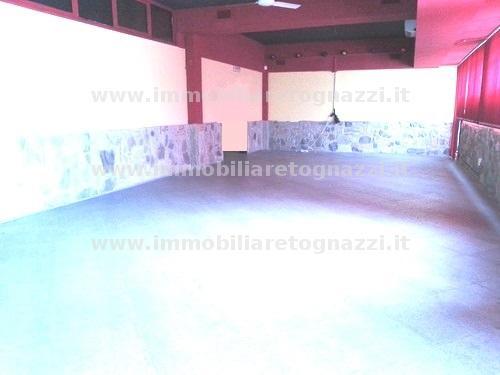 Immobile Commerciale in vendita a Certaldo, 5 locali, prezzo € 250.000 | Cambio Casa.it