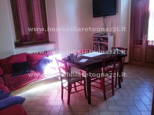 Appartamento in vendita a Gambassi Terme, 3 locali, prezzo € 160.000 | Cambio Casa.it