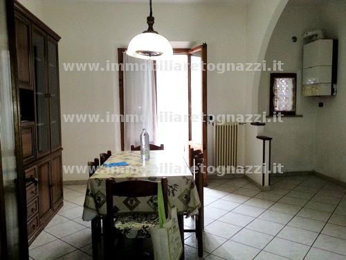 Appartamento in vendita a Certaldo, 5 locali, prezzo € 205.000 | CambioCasa.it