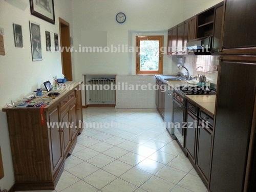 Appartamento in vendita a Certaldo, 6 locali, prezzo € 400.000 | Cambio Casa.it