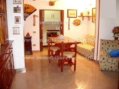 Appartamento in vendita a Montaione, 3 locali, prezzo € 65.000 | CambioCasa.it