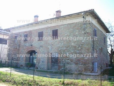 Rustico / Casale in vendita a Gambassi Terme, 10 locali, prezzo € 680.000 | Cambio Casa.it
