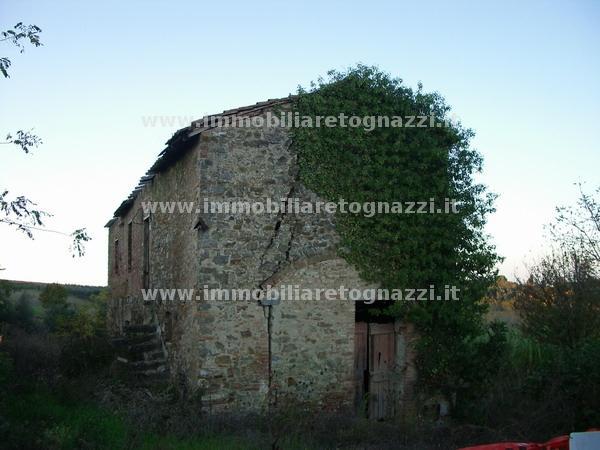 Rustico / Casale in vendita a Gambassi Terme, 6 locali, Trattative riservate | Cambio Casa.it