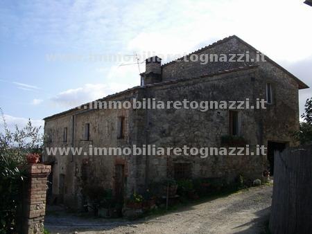 Rustico / Casale in vendita a San Gimignano, 10 locali, Trattative riservate | Cambio Casa.it