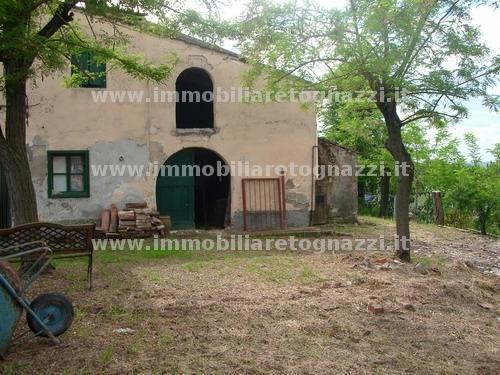 Rustico / Casale in vendita a Certaldo, 6 locali, prezzo € 95.000 | Cambio Casa.it