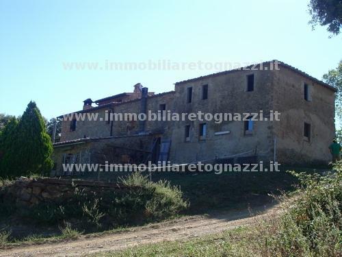 Rustico / Casale in vendita a San Gimignano, 10 locali, prezzo € 400.000 | Cambio Casa.it