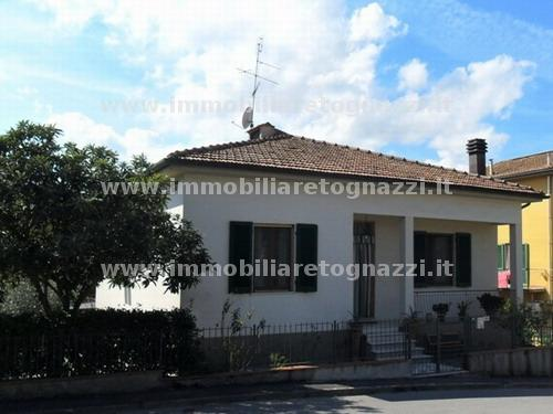 Villa in vendita a Certaldo, 10 locali, prezzo € 290.000   Cambio Casa.it