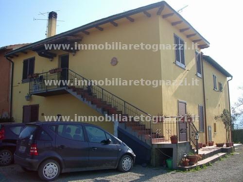 Villa a Schiera in Vendita a San Gimignano