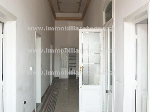 Appartamento in vendita a Certaldo, 5 locali, prezzo € 370.000 | Cambio Casa.it