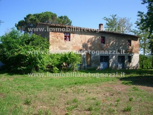 Rustico / Casale in vendita a Certaldo, 10 locali, prezzo € 380.000 | CambioCasa.it