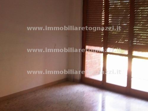 Appartamento in vendita a Castelfranco di Sotto, 5 locali, prezzo € 99.000 | Cambio Casa.it