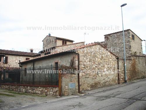 Rustico / Casale in vendita a Colle di Val d'Elsa, 10 locali, prezzo € 450.000 | Cambio Casa.it