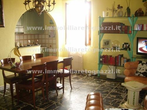 Appartamento in vendita a Certaldo, 4 locali, prezzo € 189.000 | Cambio Casa.it