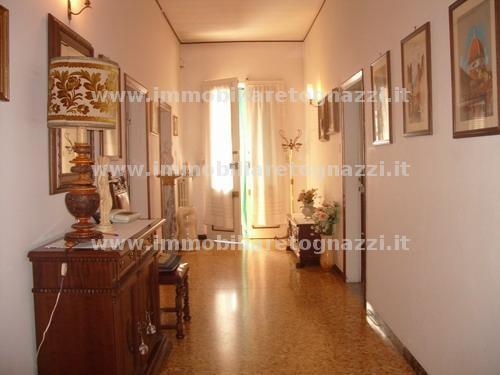 Villa in vendita a Certaldo, 10 locali, prezzo € 270.000 | Cambio Casa.it