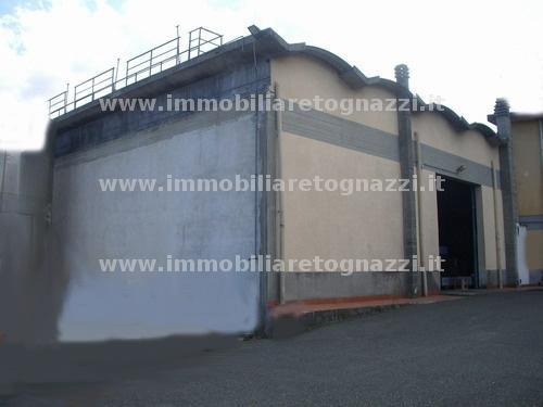 Capannone in vendita a San Gimignano, 4 locali, prezzo € 450.000   CambioCasa.it