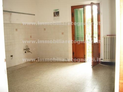Appartamento in vendita a Certaldo, 5 locali, prezzo € 230.000 | Cambio Casa.it