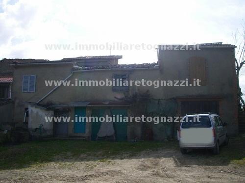 Rustico / Casale in vendita a Certaldo, 7 locali, prezzo € 115.000 | CambioCasa.it