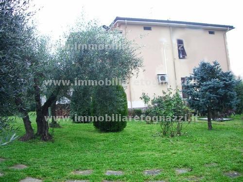 Villa in vendita a Certaldo, 6 locali, prezzo € 990.000 | CambioCasa.it