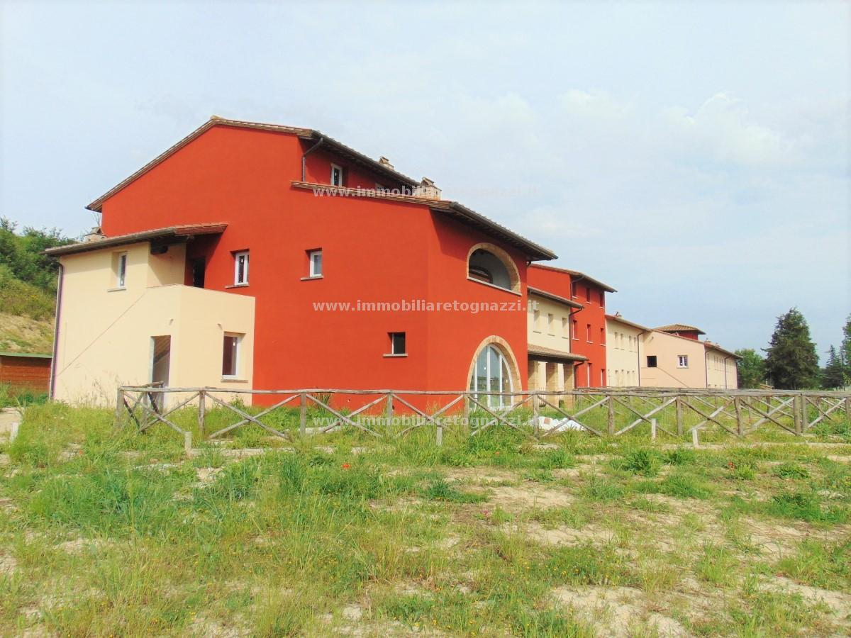 Appartamento in vendita a Castelfiorentino, 3 locali, prezzo € 160.000 | CambioCasa.it