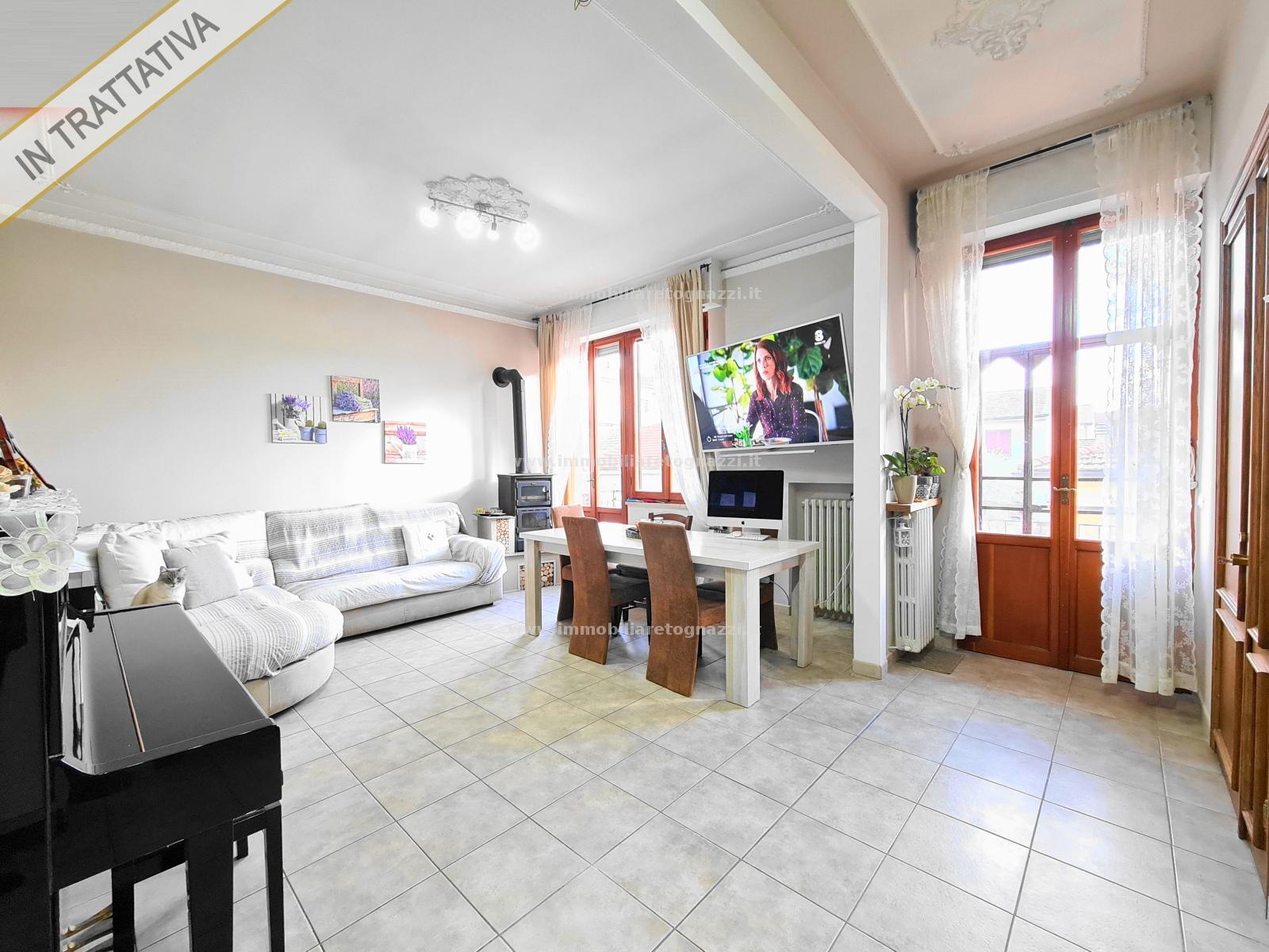 Appartamento in vendita a Certaldo, 5 locali, prezzo € 188.000   CambioCasa.it